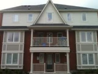 Fully Furnished 3+1 Town House, Brampton