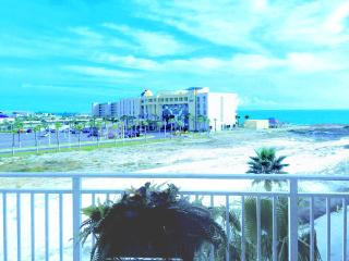 Waterscape 425-A-2BR/2.5BA-Partial Gulf Views-Waterscape Resort*10%OFF Apr1-May26*, Fort Walton Beach