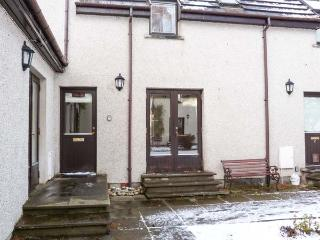THE SHIELING well-appointed, shared garden, off road parking in Newtonmore Ref 931478