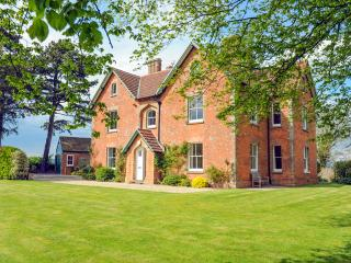 Old Queens Manor, Littleton-upon-Severn