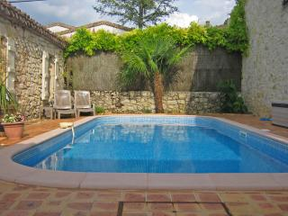 Stone house in village, pool, garden, terrace, Larressingle