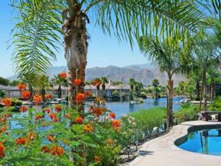 Sparkling Waters, Mountains High!  Lakefront, Private Pool/Spa Home in Mission Shores, Rancho Mirage
