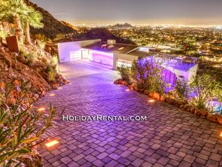Old Town Luxury - City Views That Can't Be Beat!, Scottsdale