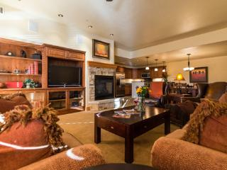 6103 Bear Lodge, Trappeurs, Steamboat Springs