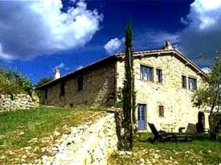 Farmhouse in Chianti Between Florence and Siena, Gaiole in Chianti