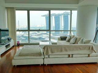 Luxe Nomad MBS Loft, Singapore