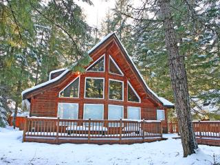 Crystal Chalet Cabin, Greenwater