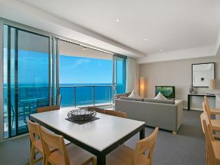 Stunning Ocean Views in Central Surfers Paradise