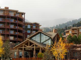 2-Bedroom Suite Sleeps 8 Ski-in/Ski-Out-Canyons, Park City
