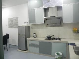 3 Bedroom house - BBQ and cook facilities, Melaka