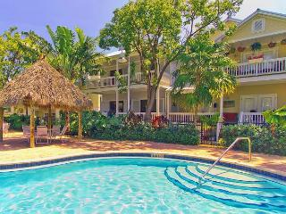 Island Days - Parking and Pool - Fishing, Boating, Golfing, Dining, Shopping!, Key West