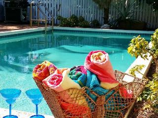 Banana Dream - Historic Meadows of Key West with pool - sleeps up to 4