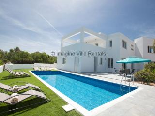 Akefalou Bay Villa|5 Bed with Pool|Free WiFi, Protaras