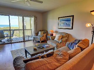 Surf Condo 223 - Scenic Ocean View, Colorful Coastal Decor, Pool, Beach Access, Onsite Laundry, Surf City