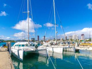 Private Yacht for Five in Paradise!, Honolulu