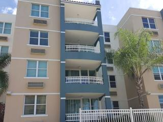 Affordable! Beach town, 2 Bedroom Condo, Rincon