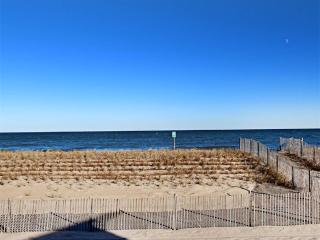 1106 South Ocean Drive, South Bethany