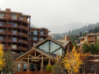1-Bedroom Suite -Sleeps 4 Ski/in Ski/Out @ Canyons, Park City