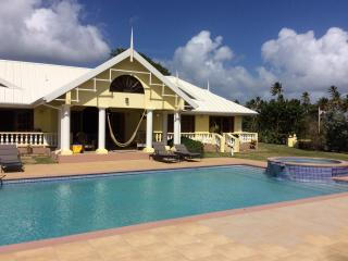 Golf course and Beach front beautiful Villa, Lowlands