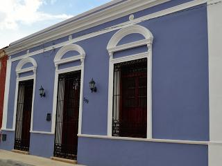 Large Colonial Home in Santiago, Merida for Rent