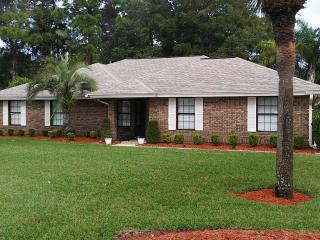 Executive-style 3/2 Super Close to Spdwy & Beach, Port Orange