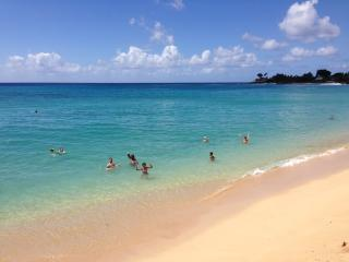 Makaha, Hawaii - Ocean Views and Uncrowded Beaches, Waianae