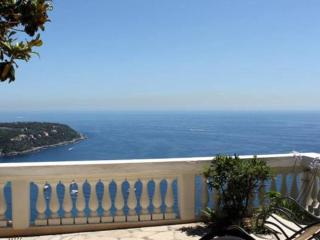Romantic apartment with stunning sea view, Roquebrune-Cap-Martin