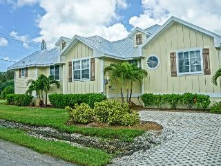 3 Bed 2 Bath Brand New Fully Loaded 1 Level Home, Holmes Beach