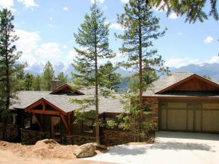 Aspen Leaf Chalet at Windcliff: Luxury Home in Estes Park with Panoramic Views!