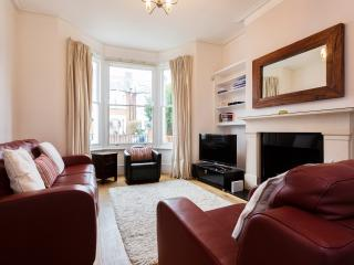 4 bed family house, Wolseley Gardens, Chiswick, London