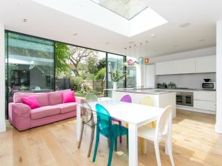 5 bed family home on Dukes Avenue, Chiswick, London