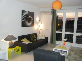 Bright, Modern, 2-Bed apartment, Perpignan