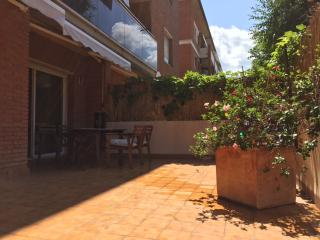 TRAVELLERS EXTREMELY LOVED HOME, Sant Cugat del Valles