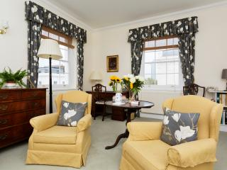 A comfortable three bedroom home in Pimlico., London