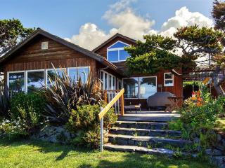 New Listing! Captivating 3BR Oceanfront Arch Cape Home w/Wifi, Deck, Large Private Yard, Beach Access & Gorgeous Sunsets + Pacific Ocean Views - Just 5 Miles from Cannon Beach!