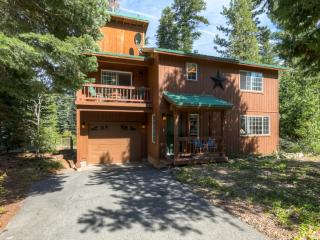 Beautifully Decorated 3BR Tahoma Home w/Gas Grill & Forest Views - Located Down the Street From Sugar Pine State Park! Minutes to Beaches, Skiing & More