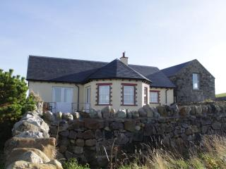 Coullabus Beag- a spacious, light and airy home, Bruichladdich