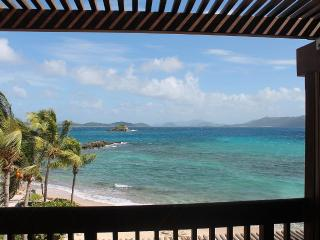 Blue Ocean View In Paradise van included with stay, East End