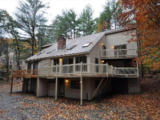 4BR Near Storyland,Hikiing,Sight Seeing,Tax Free Outlet Shopping,Cable & WiFi, North Conway