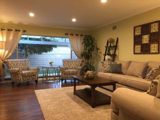 beautiful home with pool close to Disneyland, Anaheim