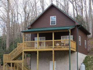 Wolf Creek Lake Cabin- Windy Hollow Cabin, Tuckasegee