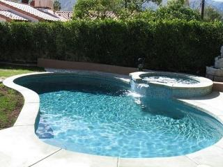 5 Bedroom 3 Bath Private House W/Pool & Hot Tub, Palm Springs