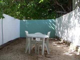 apartment near the beach and square Puerto Morelos