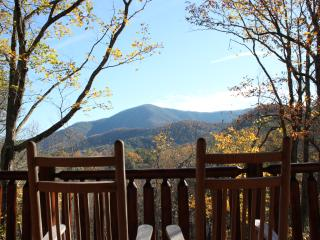 Mountain Escape A Romantic cabin in Pigeon forge, Pigeon Forge
