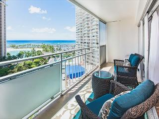 Ocean View Modern Ilikai Condo with Full Kitchen and Tons of Amenities, Honolulu