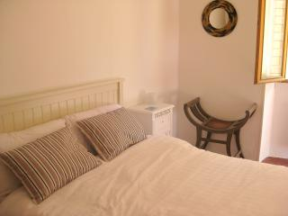Characterful One Bed Apartment Heart of Vieux Nice
