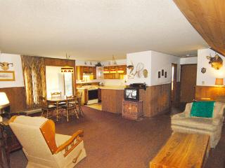 Boulder Junction Wi private lodging for couples