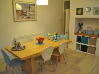 Duplex Apt nr Cardiff Castle & Stadium (sleeps 6)