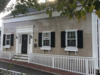New rebuilt 'antique' a couple of blocks from town, Nantucket