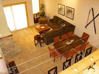 Upscale 3BR Kirkwood Condo - Walking Distance to the Kirkwood & Timber Creek Base Ski Lifts